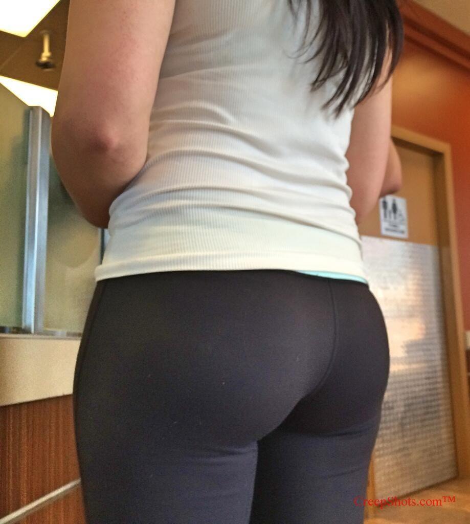 glorious phat booty in yoga pants creepshot | yoga pants | pinterest