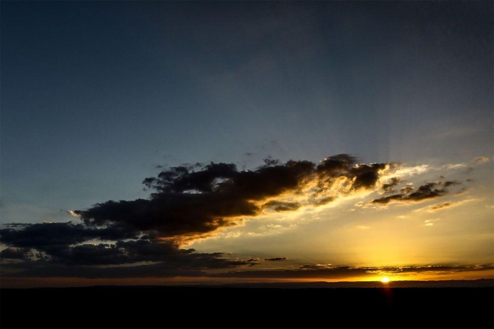 Desert Sunset by Tamir Alkukin