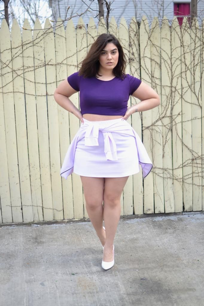 Sexy Bbw Woman In Short Skirts