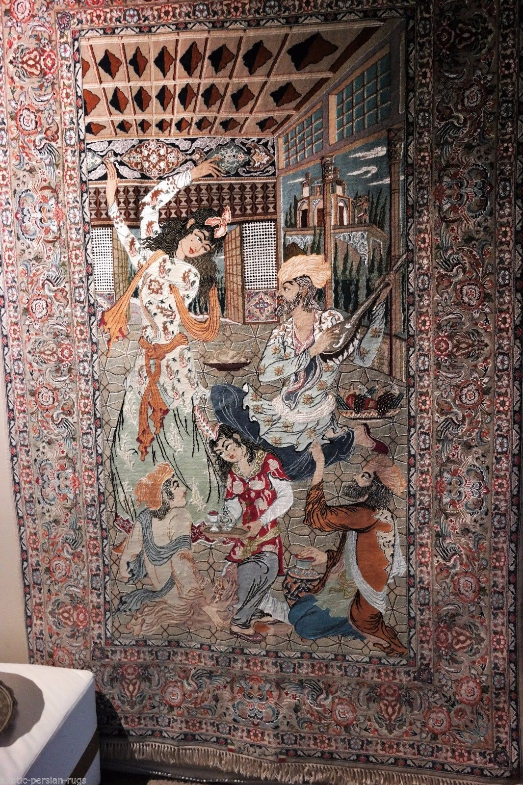 Exceptional Super Fine Antique Persian Isfahan Pictorial