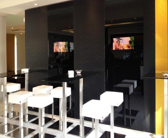 Arredamento su misura #bar #gelateria #pasticceria #pastry #pub #ristorante #restaurant #hotel #aperitivo - custom made furniture www.isaitaly.com
