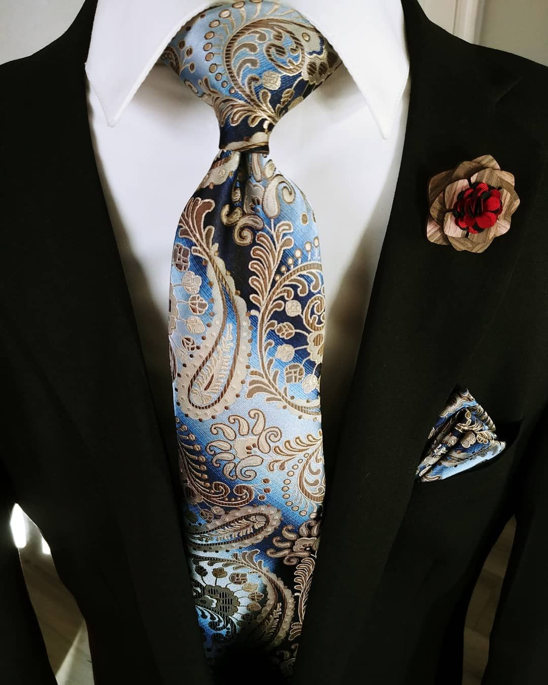 f7b78f000558 Beautiful Men's Ties,Blue Brown Paisley Tie Handkerchief Cufflinks Set