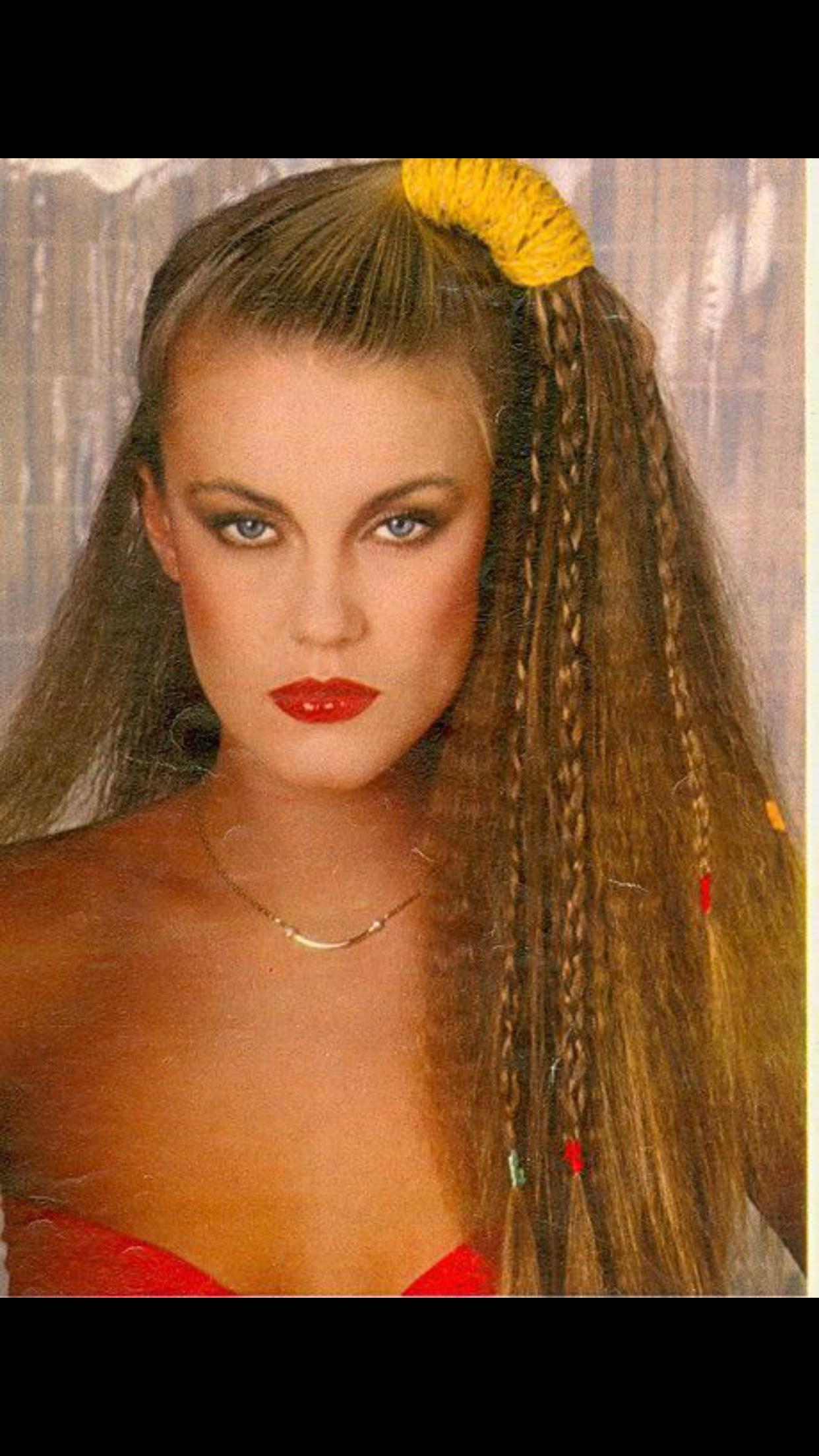 Pin von Gizem Boztay auf Hair through the eras