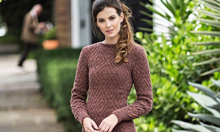 7869e1625 Receita Vestido Marrom de Tricô com Lã Cisne Milly | Receitas ...