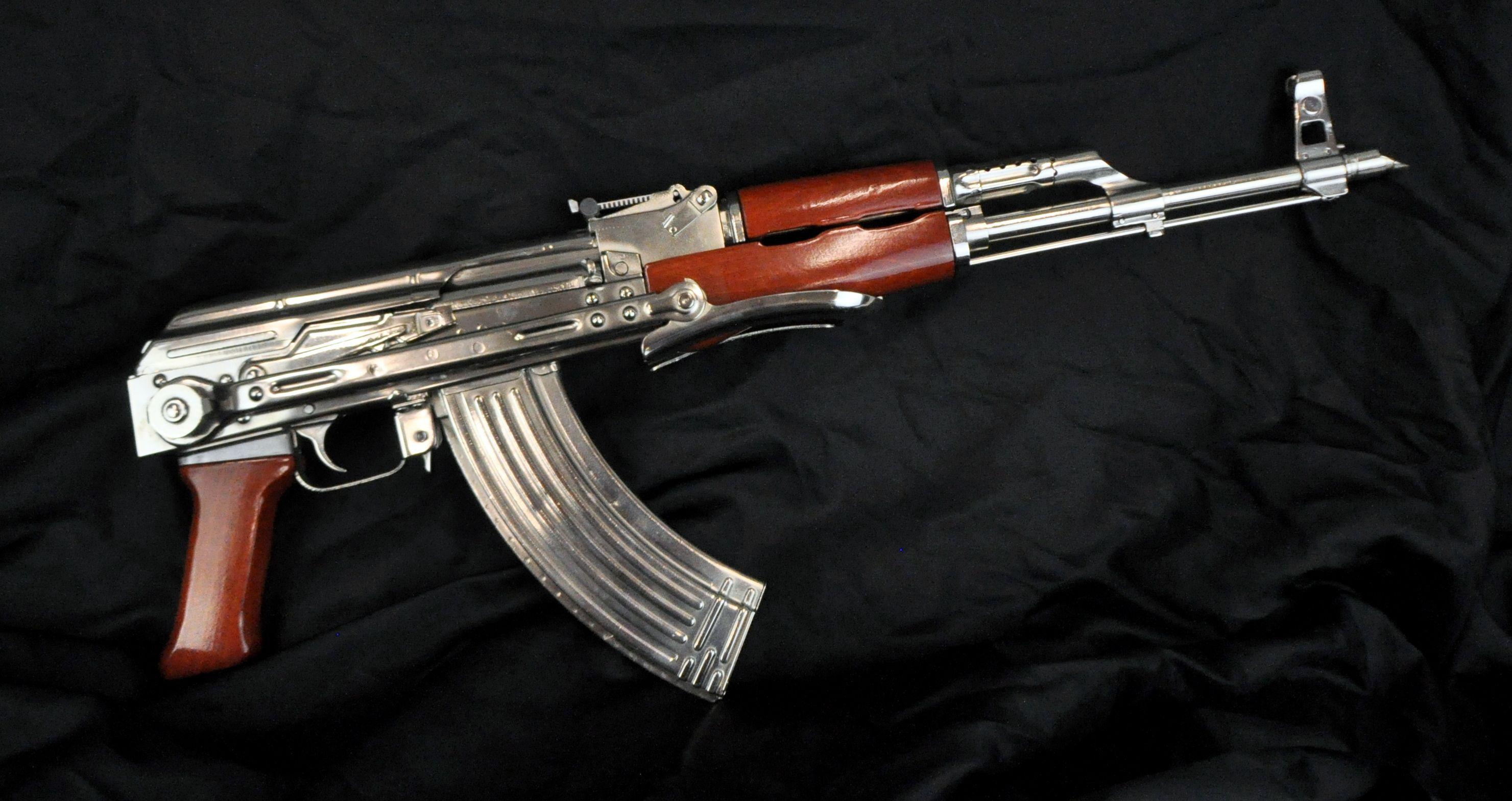 Petronov AK47 semi-aut...