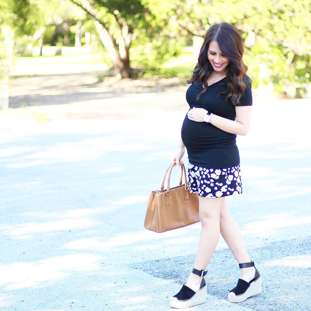 376552c61fdb Outfit Ideas from Instagram s Best Dressed  MomsToBe. Today s OutfitSummer  MaternitySunny ...