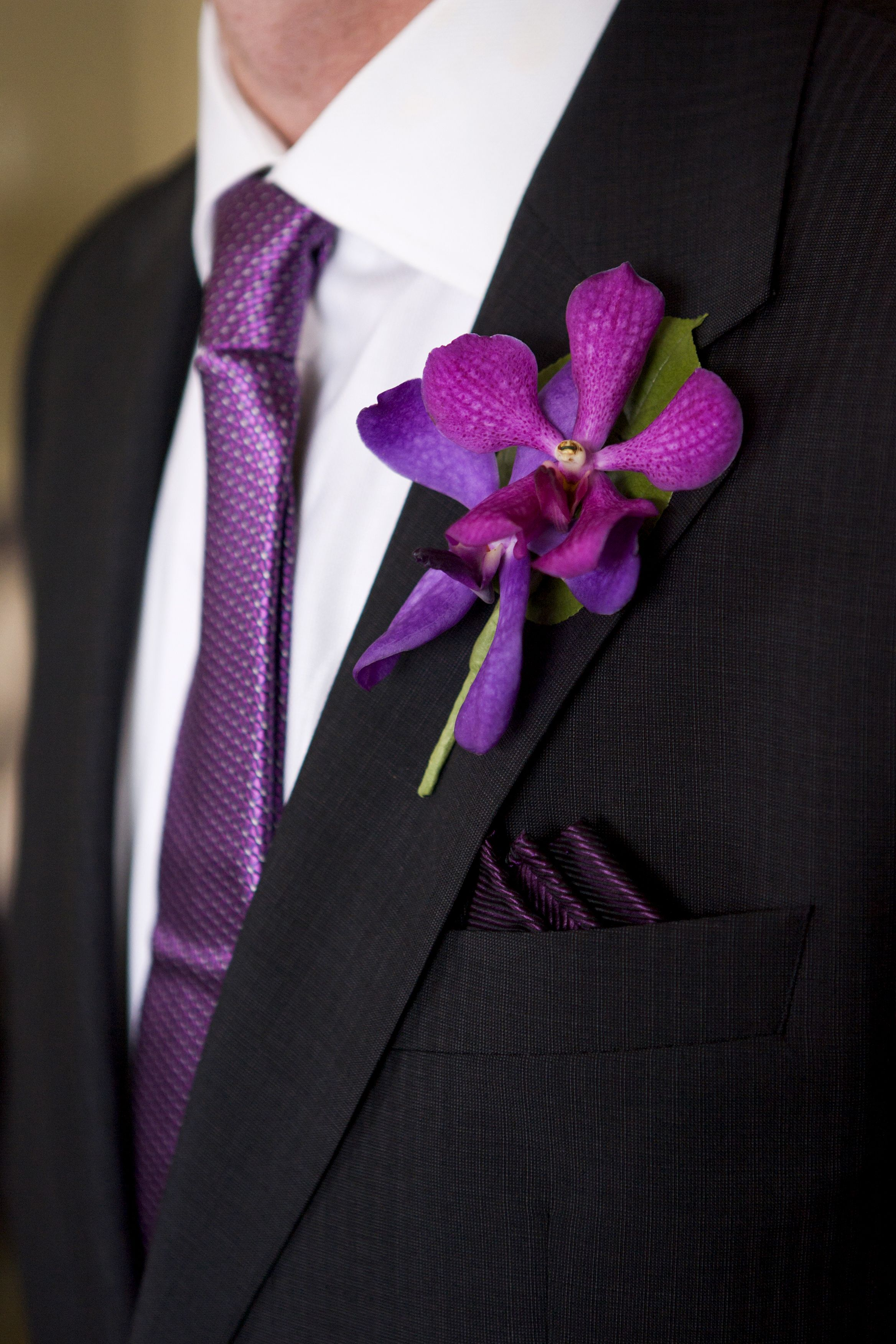 NEW ORCHID BUTTONHOLE MAGENTA PURPLE BRIDE GROOM CORSAGE WEDDING FLOWERS