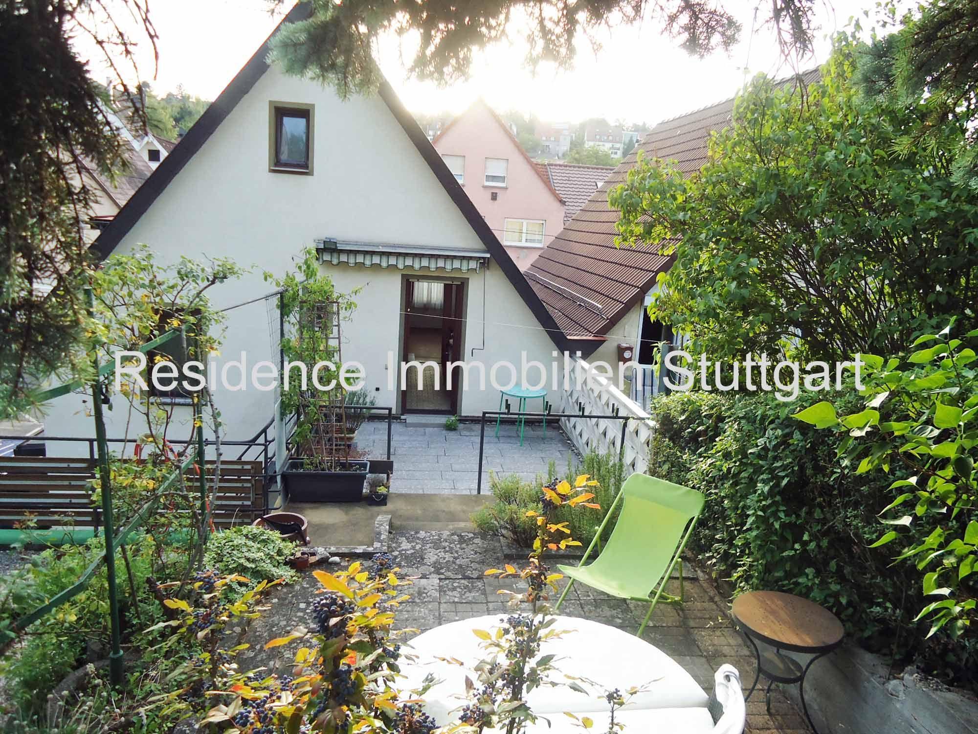 Stuttgart Ost Das Charmante Stadthaus Verfugt Uber Zwei Grosse Terrassen Und Einen Schonen Gartenbereich 3 Schlafzimmer 2 Bader Ei Immobilien Haus Stadthaus