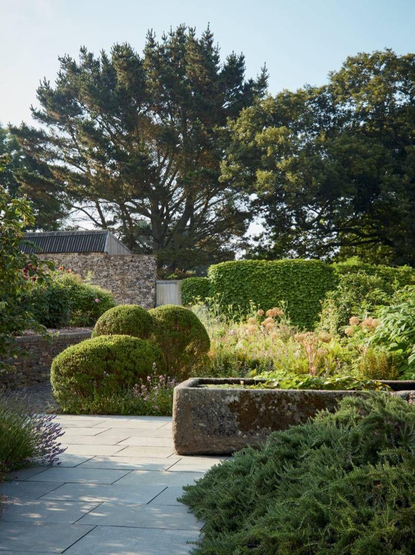 Photo of Il design sostenibile di Dan Pearson per uno spettacolare giardino costiero
