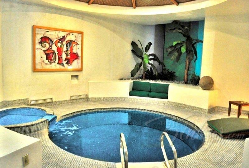 Si Aun No Lo Has Hecho Prueba Dejarte Seducir Dentro Del Agua Y - Habitaciones-con-piscina-dentro