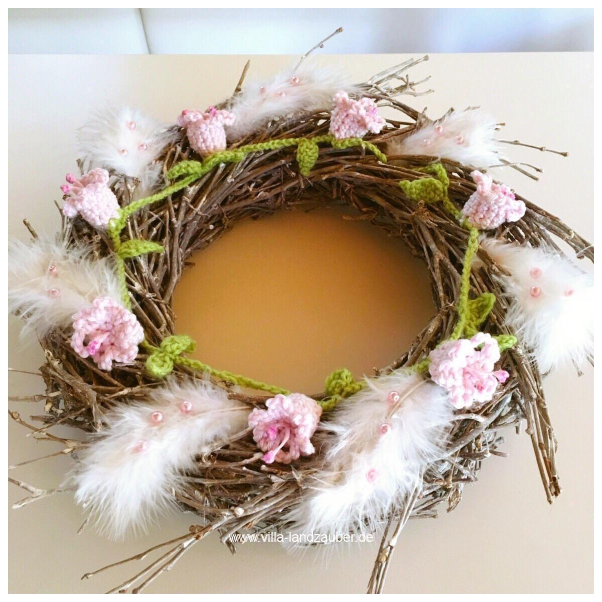 Photo of Hallo meine Lieben! Wie versprochen gibt es heute das DIY für eine Blumenkette….