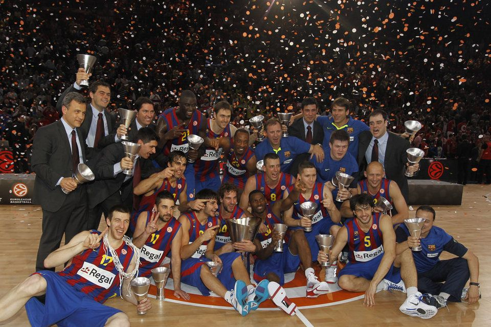 Las victorias de Barcelona 2003 y Paris 2010 (Có hình ảnh)