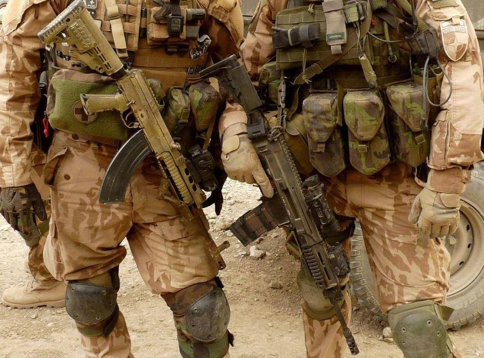 Czech soldiers in Afghanistan. Gun on the left is vz.58, the gun on the right is CZ-805 Bren
