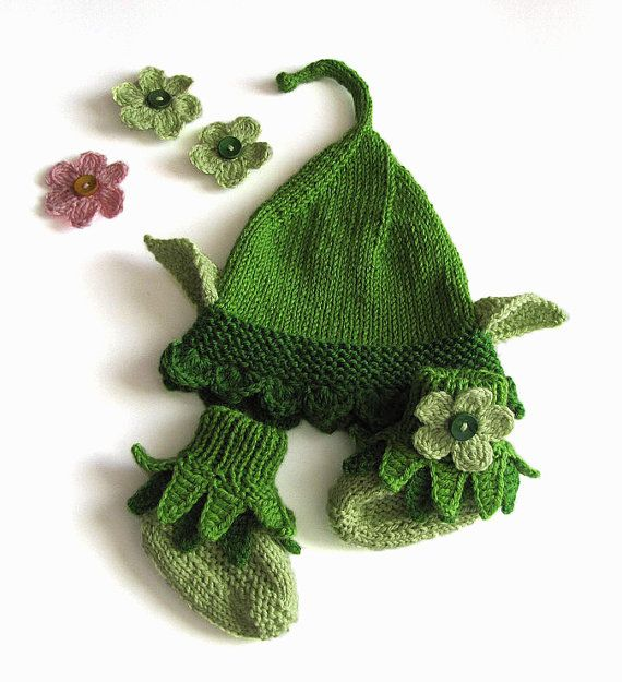 Elf hat and booties knit baby green elf hat and by MiaPiccina ...