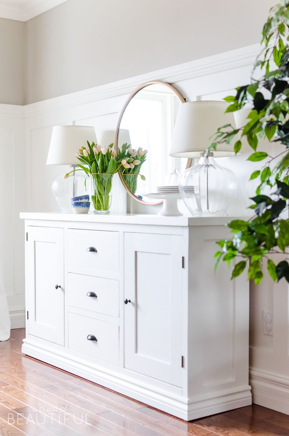 Simple Modern Farmhouse Sideboard Buffet | Dekoration