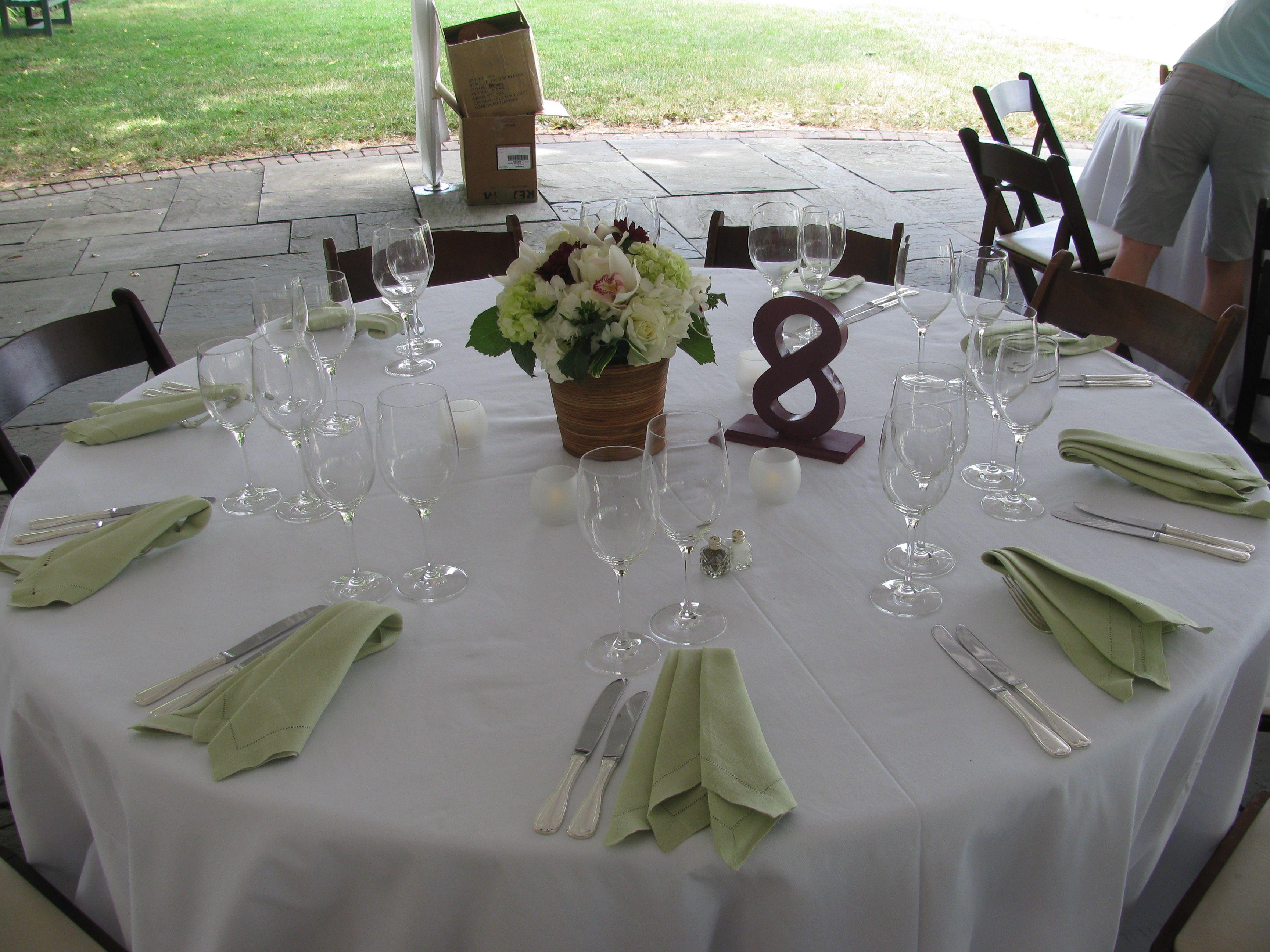 Sneak Peek River Farm Wedding. Wedding Table SettingsWedding ... & Sneak Peek: River Farm Wedding | Farming Garden wedding and Wedding ...