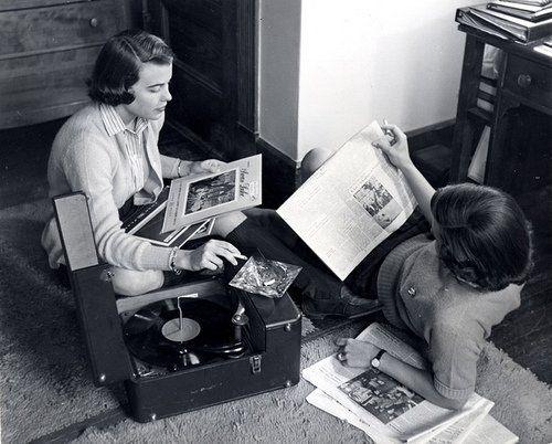 Existen muchos regalos originales para los amantes de la música que incluso puedes comprar en línea.