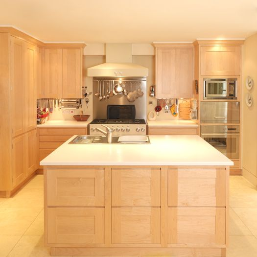 Balham Maple Kitchen designed and made by in 2020 | Maple ...