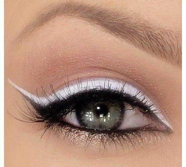 I love a white liner with my blue eyes. It really pops and is such a change from so much colour.  Eye Makeup