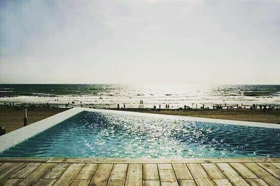 La Mata http://crwd.fr/2wrHWGk #foto #summer #piscinas #pool
