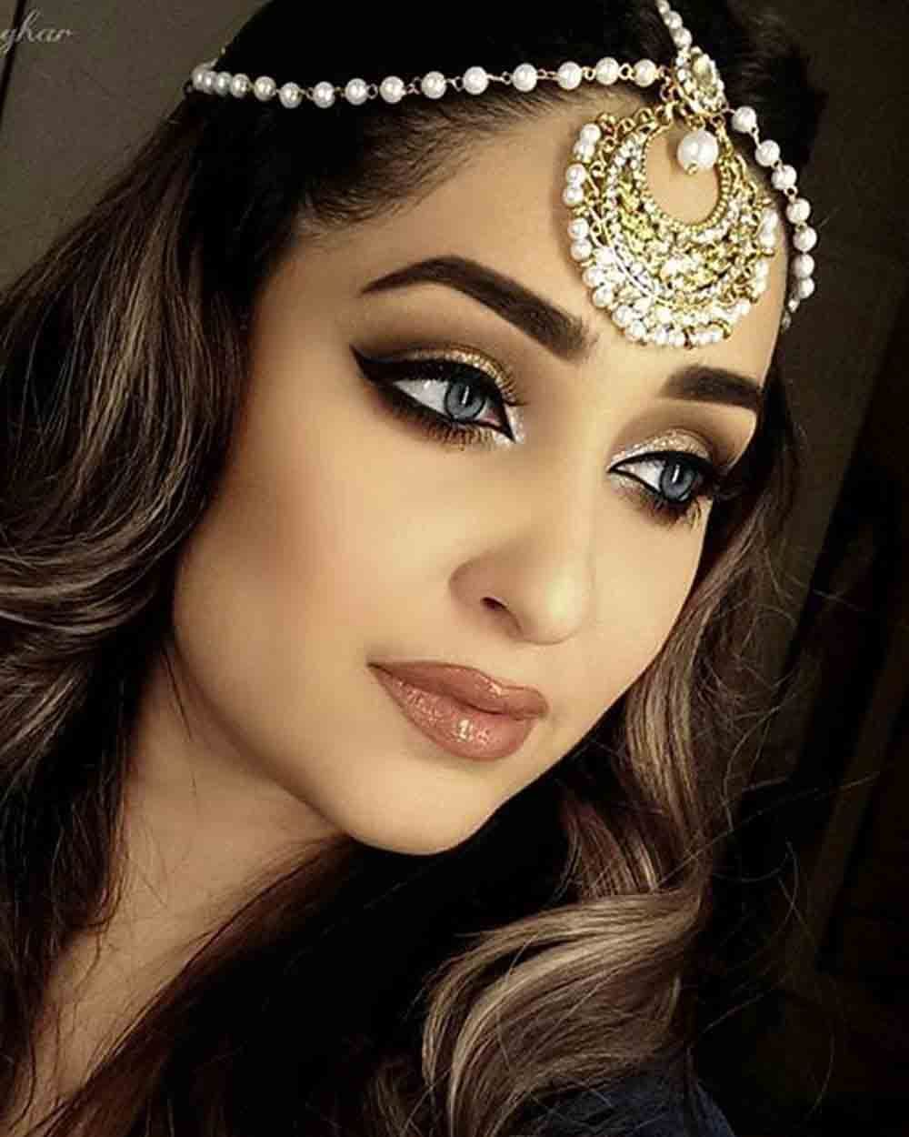 Trendy bridal headpiece - New Trendy Best Matha Patti Or Maang Tikka Hairstyles For Party 2017