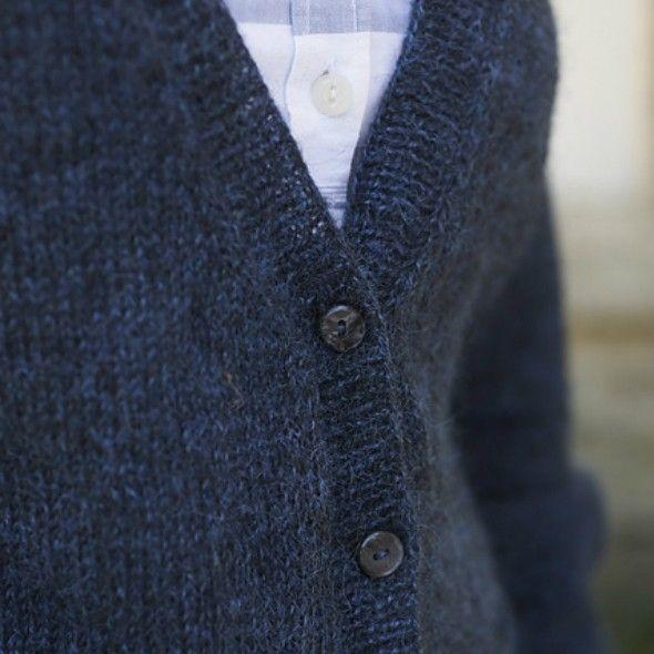 Boyfriend Cardigan knitting pattern | Blacker Yarns | Cardigan ...