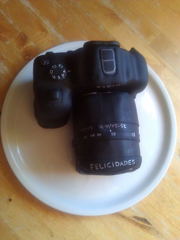 Tarta cámara Felicidades Javi