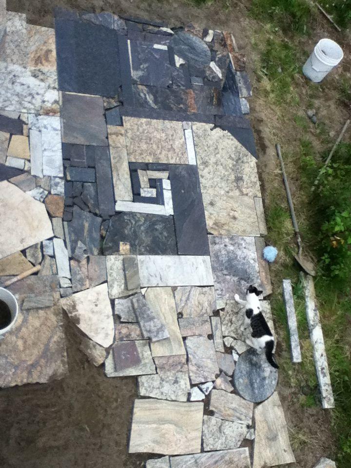 Use scrap granite to make a patio! | Garden/ backyard in