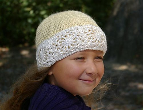 Snow Queen Hat (Crochet) pattern by Anastasia Popova #queenshats