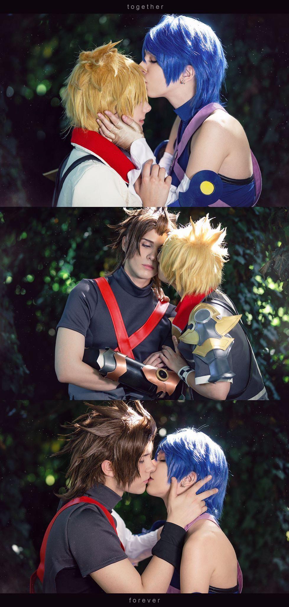 Kingdom Hearts Terra Ventus And Aqua Cosplay Pinterest