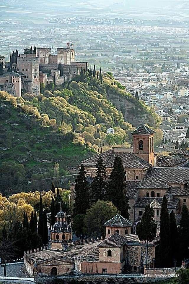 Pin De Jose Heredia En Espana Lugares De Espana Alhambra De Granada Lugares Preciosos