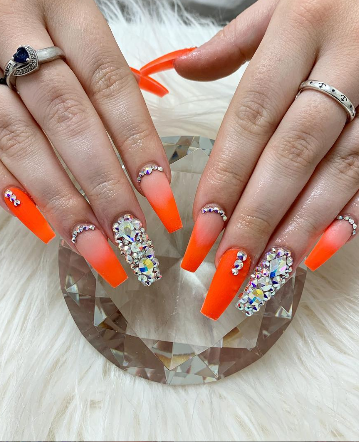 32 Elegant Acrylic Long Nails Design For Summer Nails Coffin Stiletto Nails Design With Rhinestones Orange Nail Designs Stiletto Nails Designs