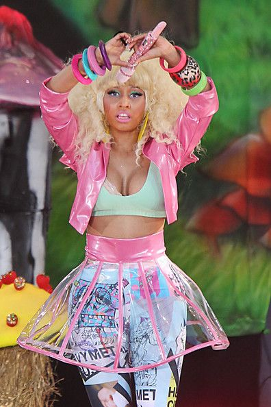 Nicki Minaj\u0027s single Anaconda topped the charts ART3 Pinterest