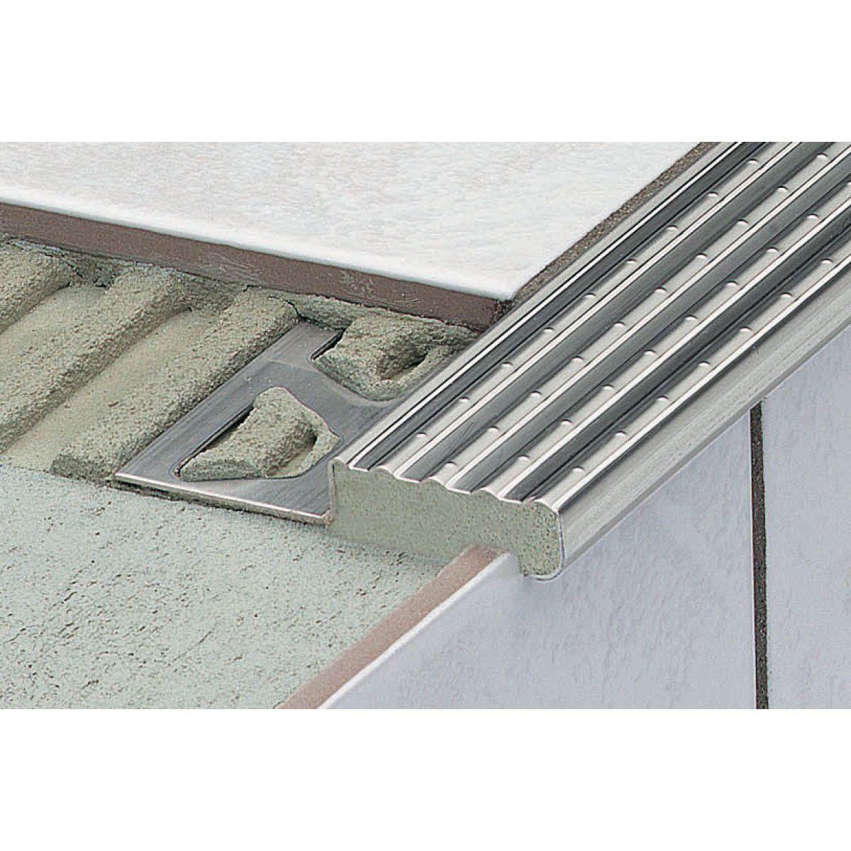 Profile De Nez De Marche Trep E Pour Escalier En Acier Inox Te110 Longueur 2 50m Schluter Schluter Systems Nez De Marche Escaliers En Acier Escalier Carrele