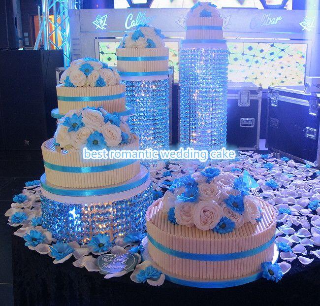 Source New Product ! Acrylic Crystal Chandelier Wedding Cake Stand ,  Wholesaleu2026