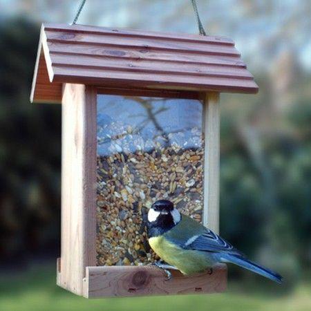 mangeoire oiseaux pour graines petit format cedar deli oiseaux du jardin mangeoire. Black Bedroom Furniture Sets. Home Design Ideas