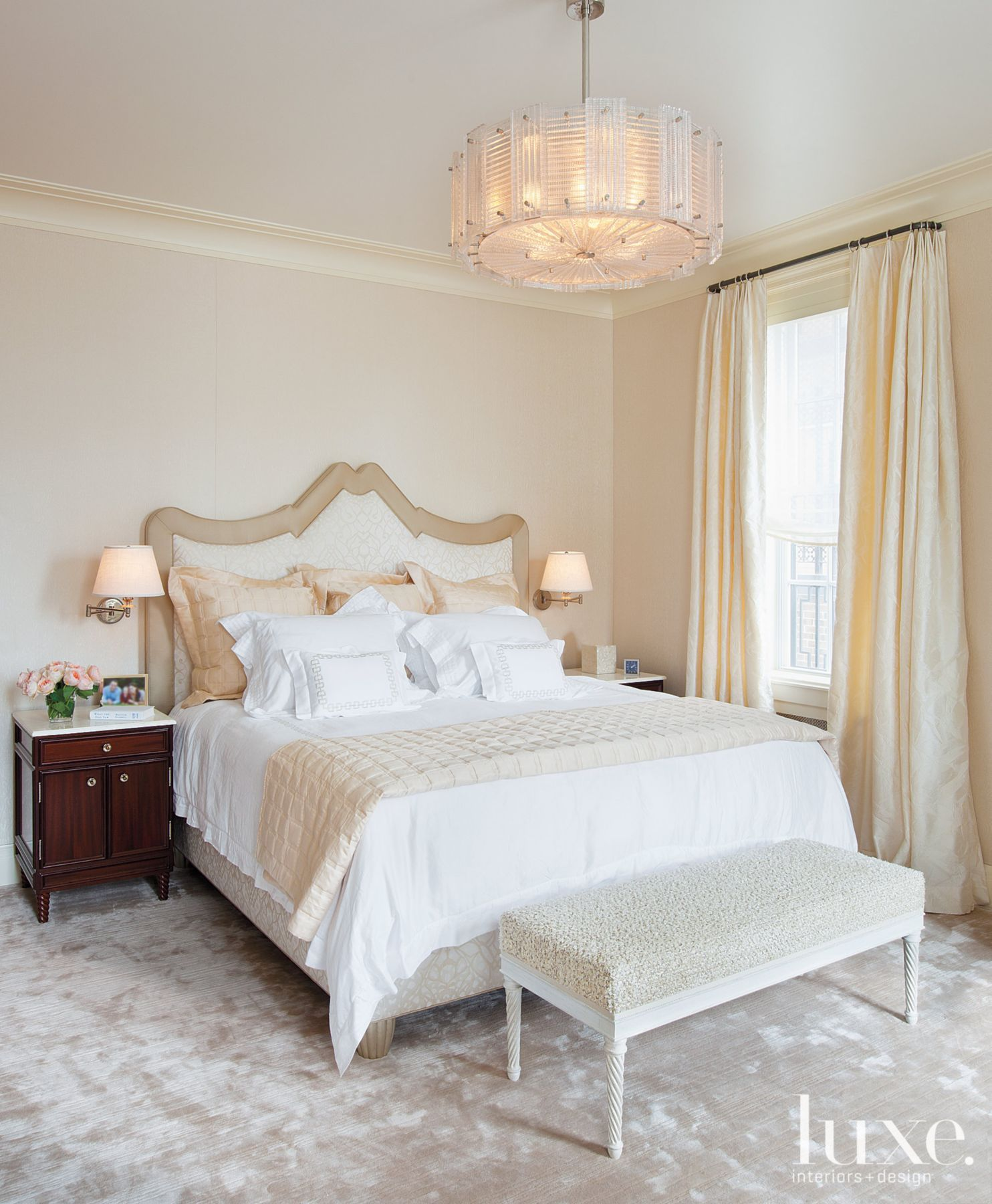 25 Stunning Transitional Bedroom Design Ideas: Transitional Cream Bathroom With Mosaic Travertine Tile