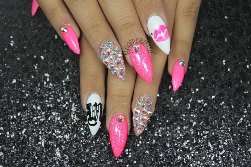 Nice designs for pointed nails
