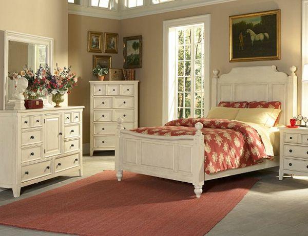 beige farben im schlafzimmer - landhausstil - weiße möbel