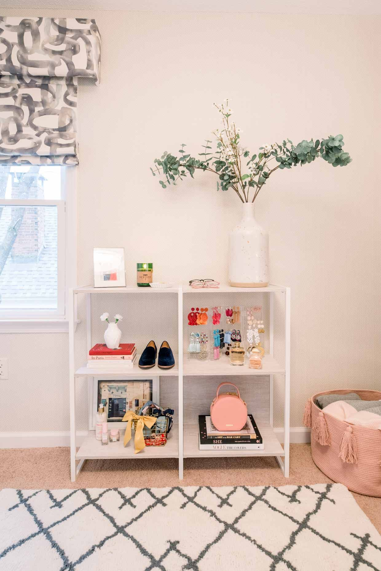 How I Decorate My Home Office Poor Little It Girl Decor Home