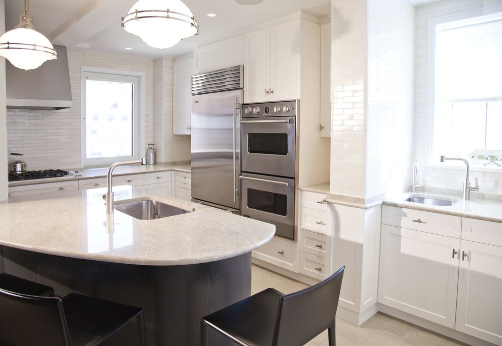Upper East Side Pre-War NYC Residence. Kitchen Countertops & Island ...