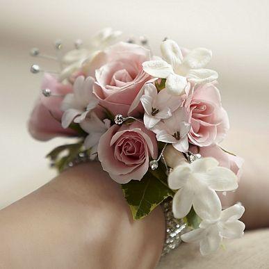 Fresh Flower Corsage Bracelet The Ftd Pure Grace Wrist Corsage