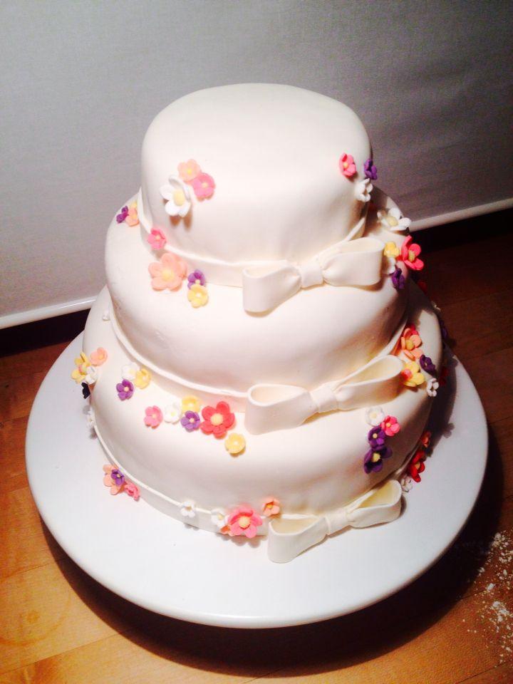 Hochzeitstorte Geschmack Schoko Vanille Kuchen Und Co Torten