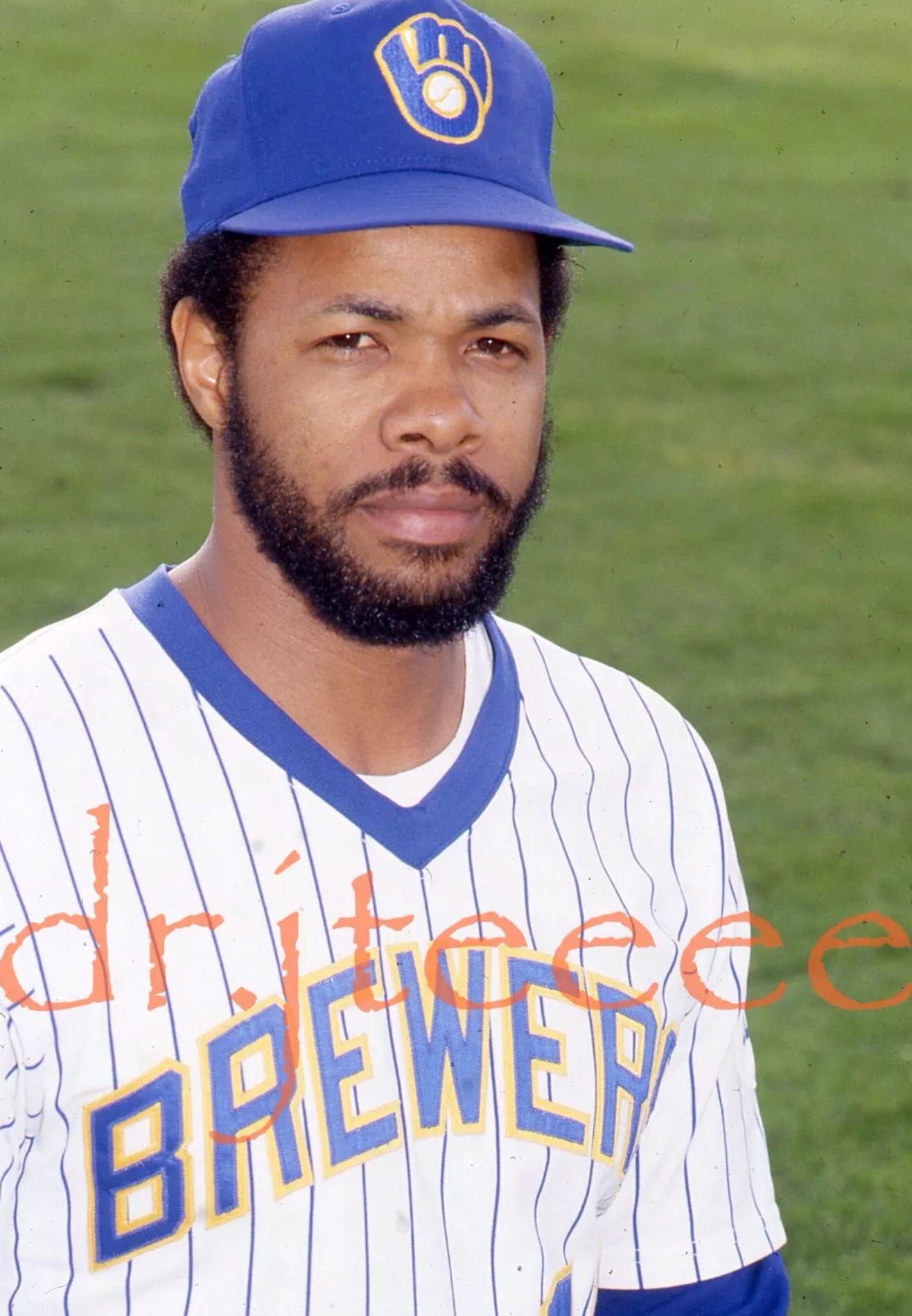 zuverlässige Leistung Beförderung ganz nett Cecil Cooper - Milwaukee Brewers | Baseball | Mlb players ...