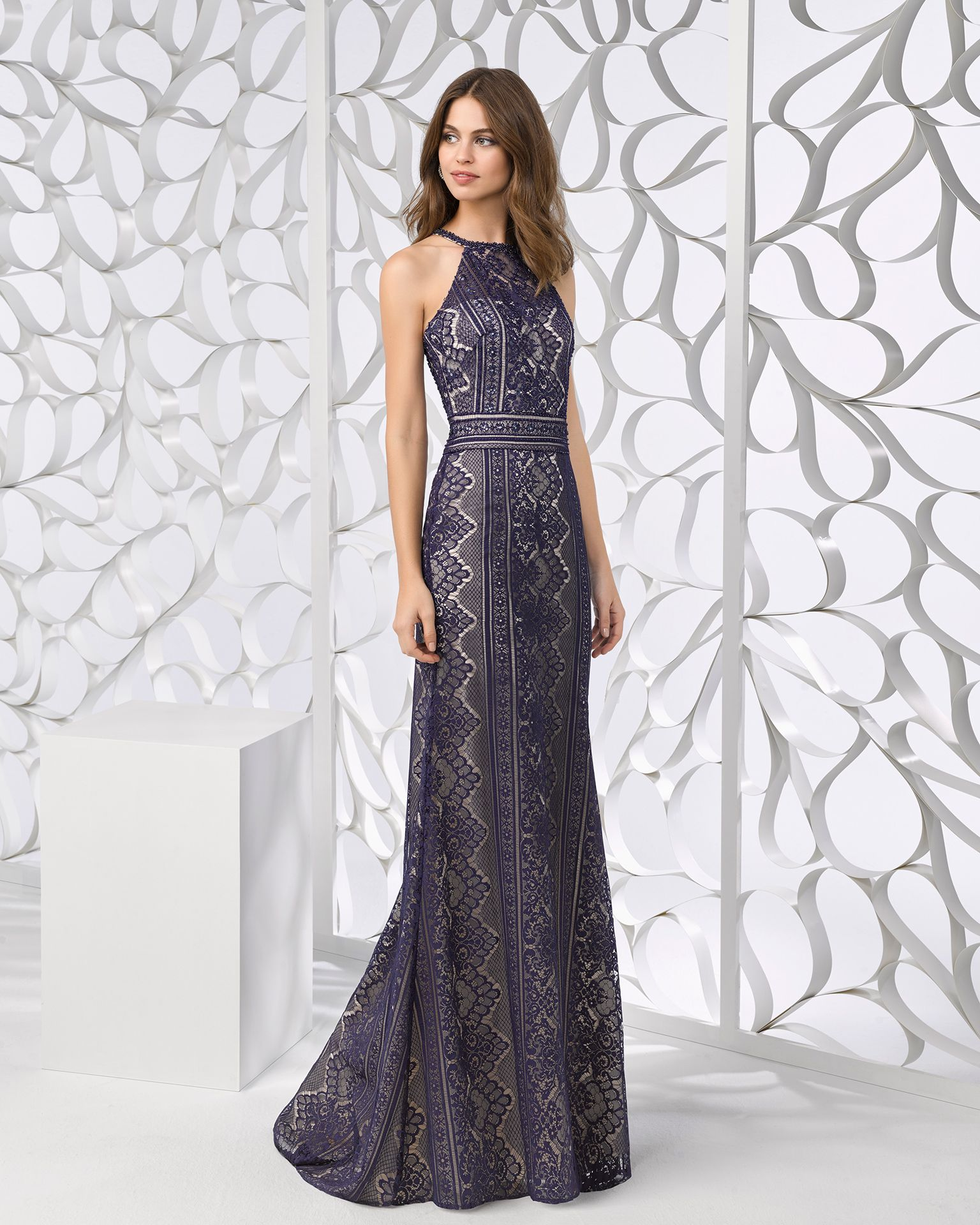 050138024ec Long beaded lace cocktail dress with shawl and halter neck. Available in  red and navy blue nude. 2018 FIESTA AIRE BARCELONA Collection.