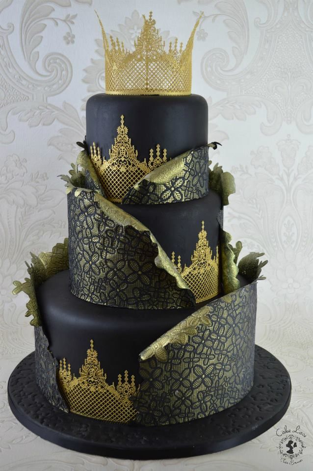 This Is One Of The Stunning Cakes Claire Bowman Cake Designer Created For International Last Weekend It Uses Gold Lace