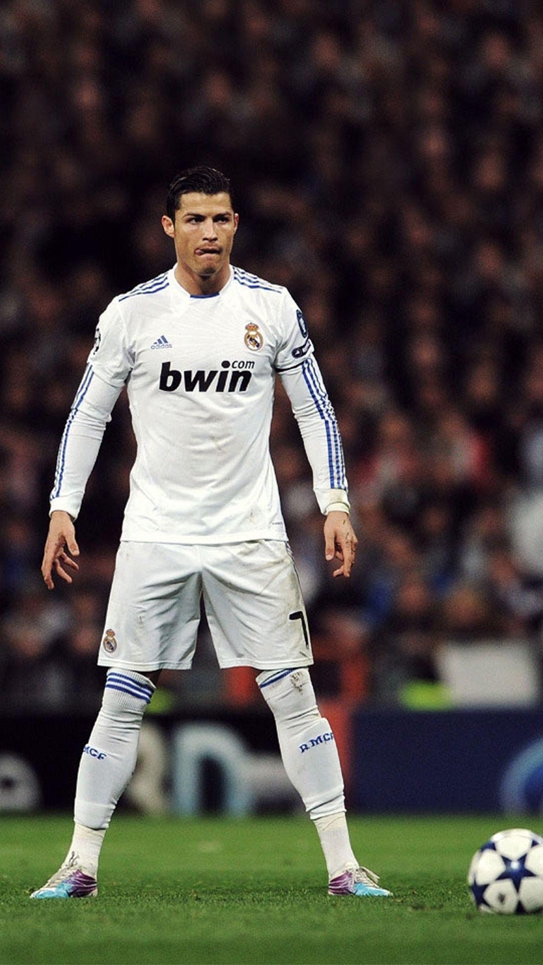 Football Kicking Wallpaper Ronaldo