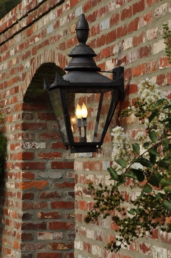 Winterberry Brick And Electric Candle Raindrops
