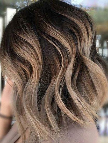 28 Incredible Examples Of Caramel Balayage On Short Dark Brown Hair Hair Design Styles Balayage Brown Cara Carmel Blonde Hair Short Wavy Hair Hair Styles