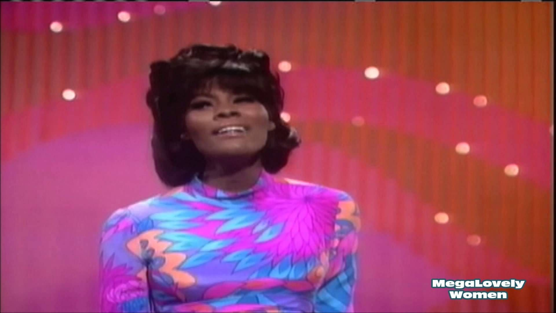 Dionne Warwick This Girl S In Love With You Z Music Girls In